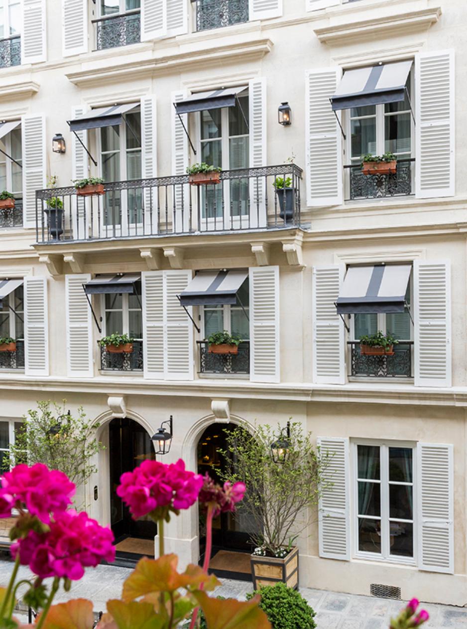 rue du Pré-aux-Clercs 75007 Paris