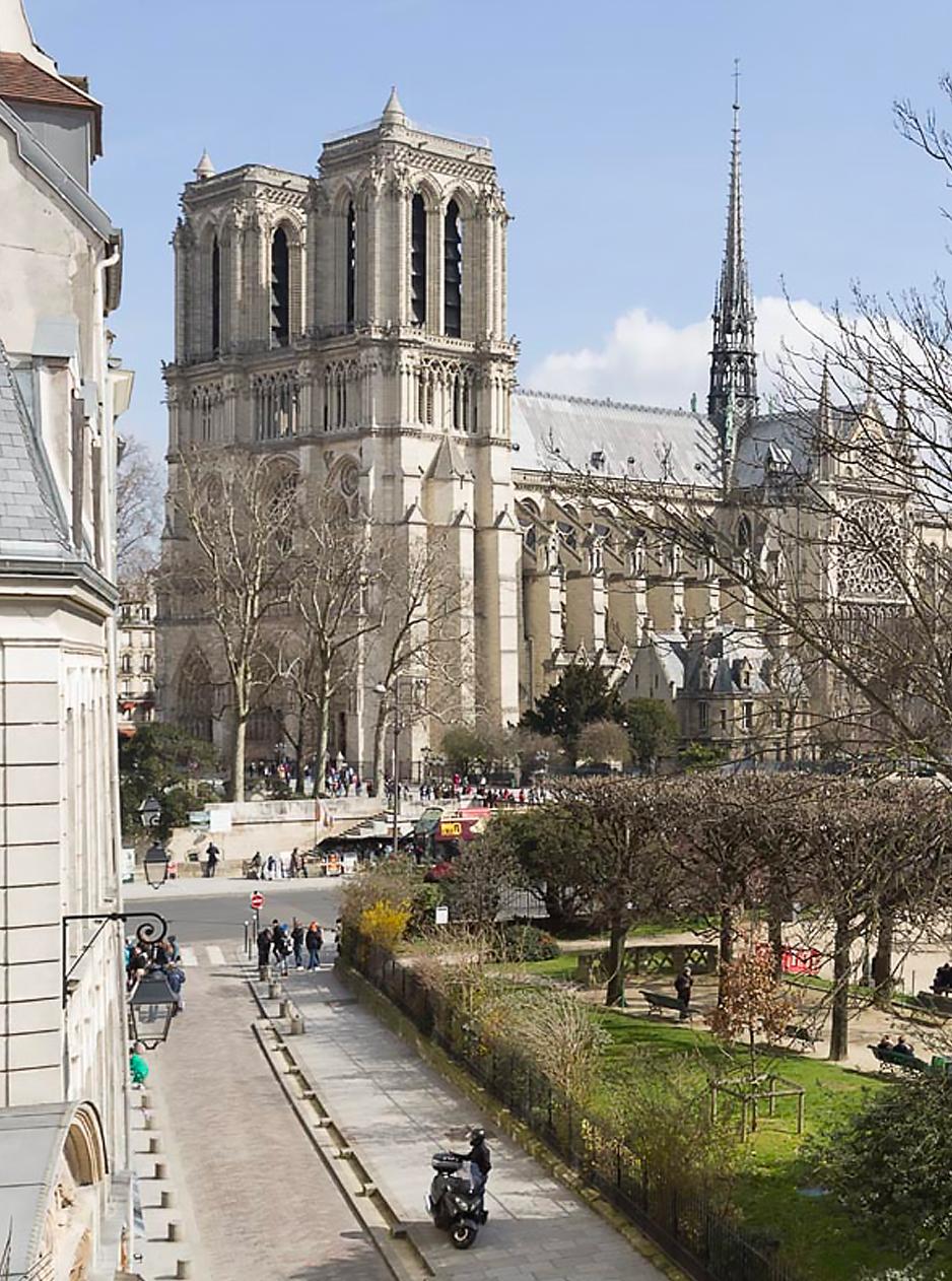 Kasha Paris Real Estate Apartment for sale Rive Gauche Bon Marché 75007 Paris